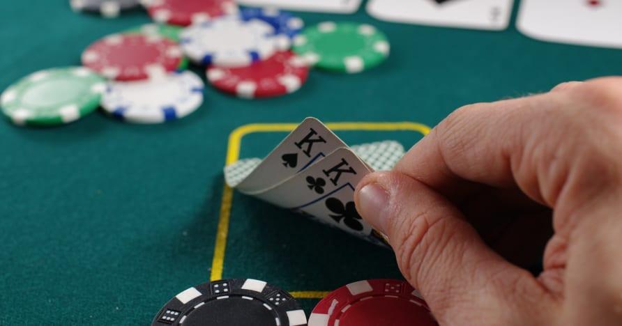 Strategi Poker Dalam Talian