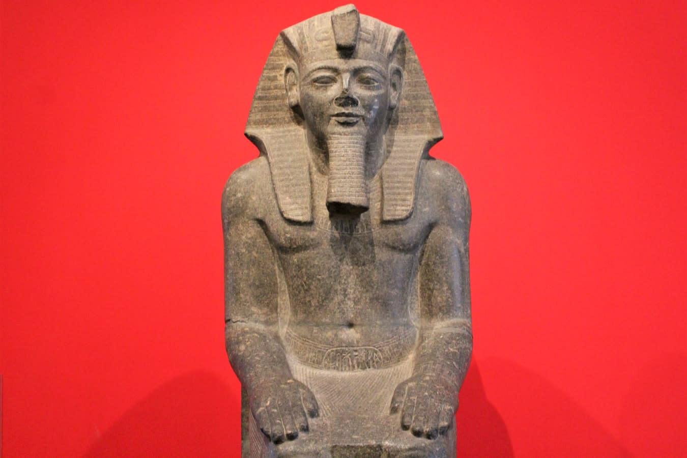 Buku Ramses: Siri Slot Popular Casumo