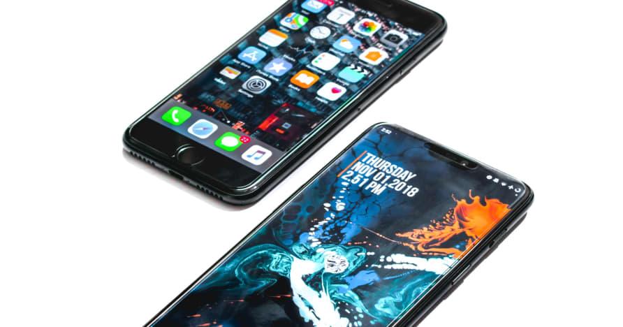 Mana yang lebih baik: Android vs iOS Mobile Casino?