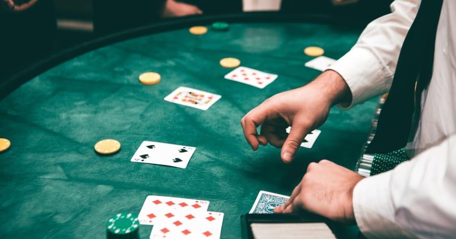 Aplikasi Poker Mudah Alih Terbaik 2020