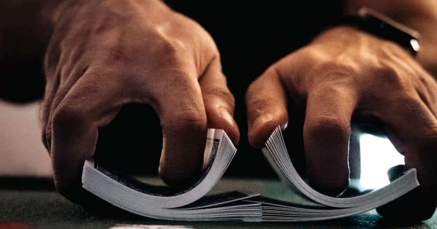 Panduan untuk Semua Variasi Poker Kasino Dalam Talian