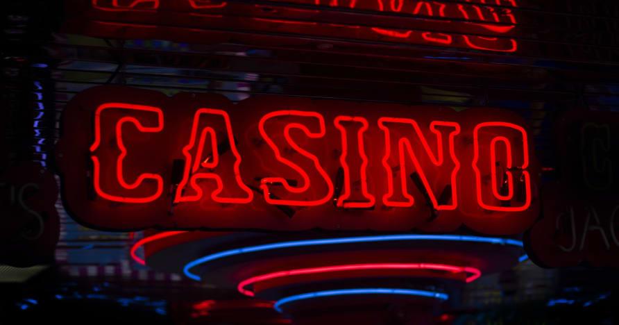 Perbezaan Antara Kasino Dalam Talian & Kasino Darat